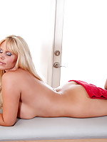 Karen Fisher loves her massage session complete with finger pleasure for her pussy